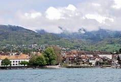 Vista de la ciudad del lago Lemán Imagenes de archivo