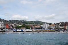 Vista de la ciudad del lago Lemán Fotos de archivo