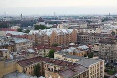 Vista de la ciudad europea vieja de la altura del vuelo del pájaro St Petersburg, Rusia, Europa del Norte Fotos de archivo