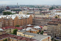 Vista de la ciudad europea vieja de la altura del vuelo del pájaro St Petersburg, Rusia, Europa del Norte Imagen de archivo