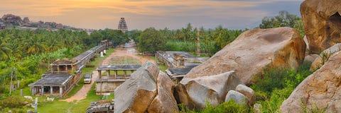Vista de la ciudad hindú antigua de Hampi imagen de archivo libre de regalías
