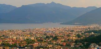 Vista de la ciudad Marmaris. Montañas y mar. Turco foto de archivo