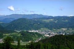 Vista de la ciudad medieval vieja de Skofja Loka Foto de archivo