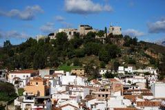 Vista de la ciudad, Monda, España. Fotos de archivo libres de regalías