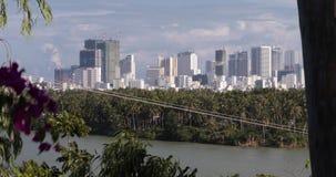 Vista de la ciudad de Nha Trang en Vietnam metrajes