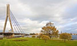 Vista de la ciudad Riga. Foto de archivo
