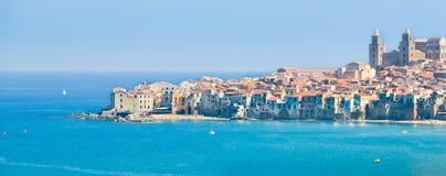 Vista de la ciudad. Sicilia. Fotografía de archivo