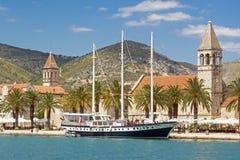 Vista de la ciudad Trogir en Croacia Foto de archivo libre de regalías