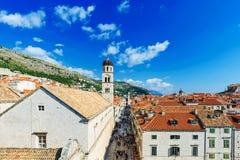 Vista de la ciudad vieja de Dubrovnik en un día soleado Imagen de archivo