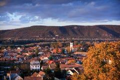 Vista de la ciudad vieja de Esztergom Imagen de archivo libre de regalías