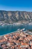 Vista de la ciudad vieja de Kotor, Montenegro imagen de archivo