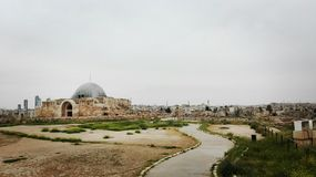 Vista de la ciudadela vieja de Amman fotos de archivo