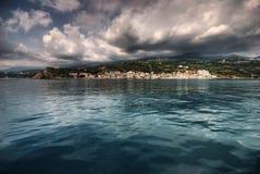 Vista de la costa Foto de archivo libre de regalías