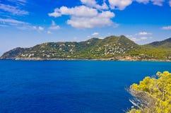 Vista de la costa costa Canyamel en Mallorca, España Imagen de archivo