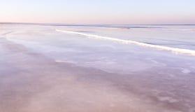 Vista de la costa costa del mar en invierno Imagenes de archivo