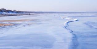 Vista de la costa en invierno Foto de archivo