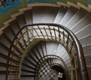 Vista de la escalera espiral Fotos de archivo libres de regalías