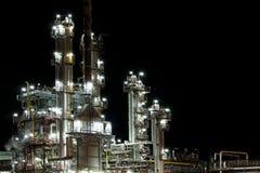 vista de la fábrica de la producción de la gasolina foto de archivo libre de regalías