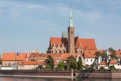 Vista de la iglesia de la cruz santa Imágenes de archivo libres de regalías