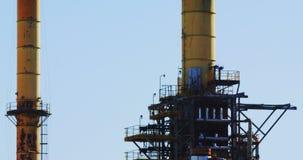 Vista de la industria del petróleo y gas metrajes