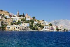 Vista de la isla de Symi fotografía de archivo