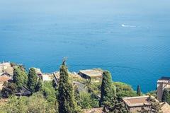 Vista de la isla Isola Bella de Taormina, Sicilia, Italia fotografía de archivo libre de regalías