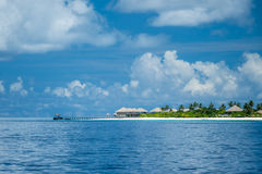 Vista de la isla maldiva del ` s Imágenes de archivo libres de regalías