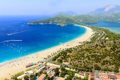 Vista de la laguna azul, Oludeniz, Turquía imagen de archivo