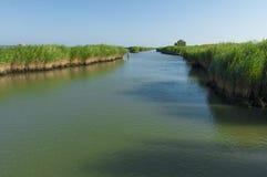 Vista de la laguna de Scardovari, delta del río Po, mar adriático Foto de archivo