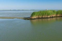 Vista de la laguna de Scardovari, Po& x27; delta del río, mar adriático, él Imagen de archivo