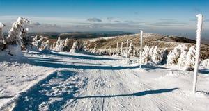 Vista de la manera y del soporte Serak del esquí a campo través Fotografía de archivo