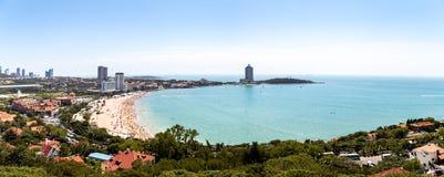 Vista de la playa de baño N1 Xiao Yu Shan Park, Qingdao Imagen de archivo libre de regalías