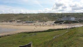 Vista de la playa de Perranporth Fotos de archivo libres de regalías