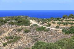 Vista de la playa en la isla de Creta Grecia Fotos de archivo
