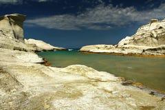 Vista de la playa hermosa de Sarakiniko Foto de archivo