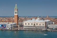 Vista de la plaza San Marco en Venecia Imágenes de archivo libres de regalías