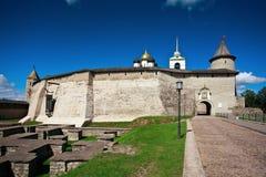 Vista de la Pskov el Kremlin Fotografía de archivo