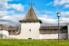 Vista de la Pskov Krom o de Pskov el Kremlin, Rusia Imágenes de archivo libres de regalías