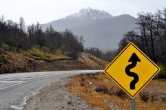 Vista de la ruta nacional 234 en Neuquen, la Argentina imagen de archivo libre de regalías