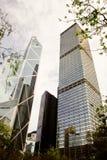 Vista de la torre de Cheung Kong Centre y del Banco de China. Imágenes de archivo libres de regalías