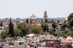 Vista de la torre de David sobre la tumba de rey David en la abadía y Jerusalén de Dormition de la torre de la esquina del Evange Foto de archivo libre de regalías