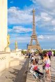 Vista de la torre Eiffel del palacio de Chaillot en París Imagen de archivo