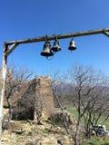 Vista de las campanas georgianas fotografía de archivo