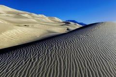 Vista de las dunas de arena Fotos de archivo libres de regalías