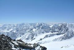 Vista de las montañas imagen de archivo