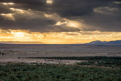 Vista de las montañas de Bani de Zagora Imagenes de archivo