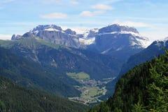 Vista de las montañas de las dolomías Imagenes de archivo