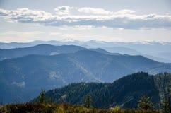 Vista de las montañas Goverla, Cárpatos Imagen de archivo