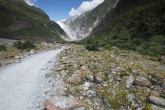 Vista de las montañas Nevado de Nueva Zelanda imagen de archivo libre de regalías