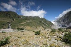 Vista de las montañas Nevado de Nueva Zelanda imágenes de archivo libres de regalías